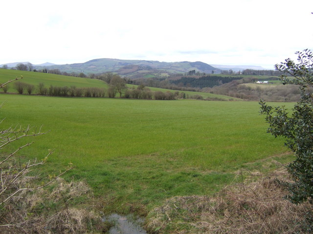North-west from Nantywain