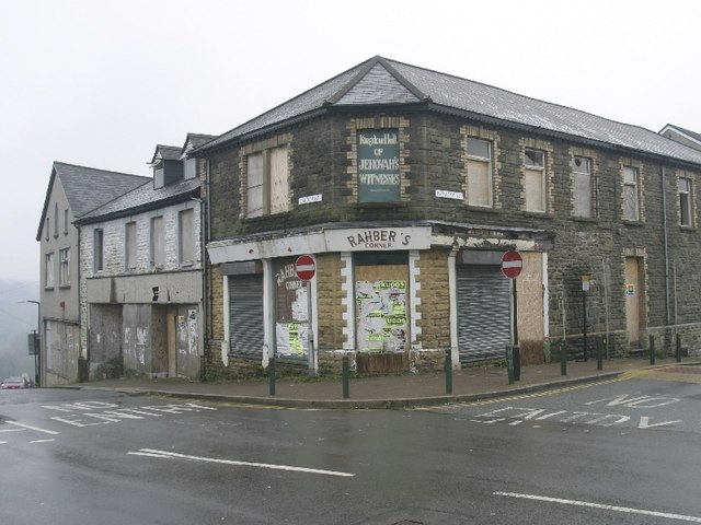 Cardiff Road / Perrott Street Junction, Treharris