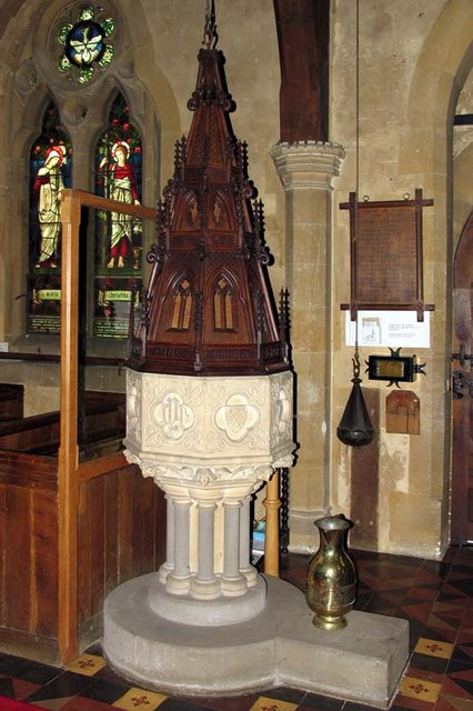 St Michael, Waterford, Herts - Font