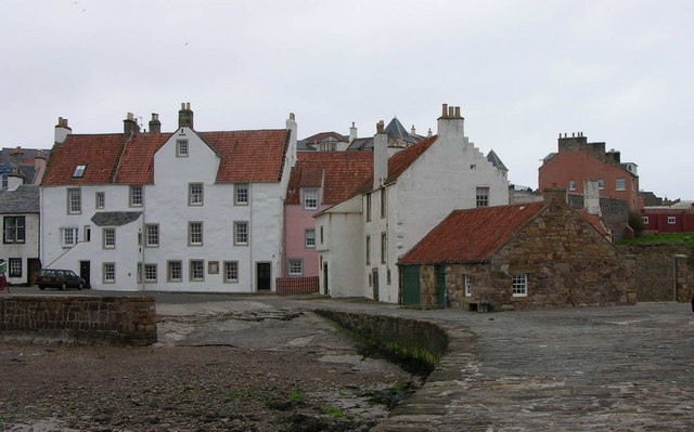 Pittenweem roofs