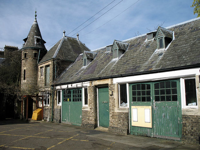 Stables, Avenue House