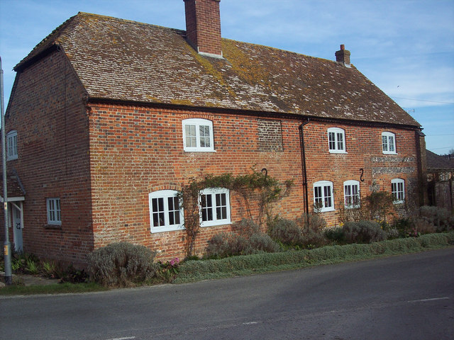 Semi detached cottages in Haxton