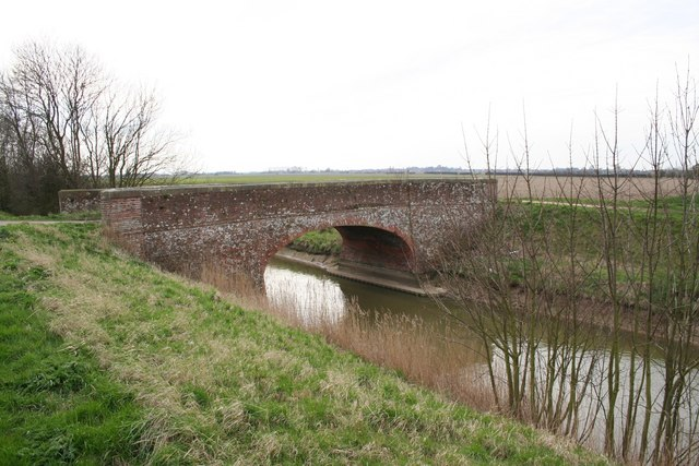 Farm bridge on Hobhole Drain