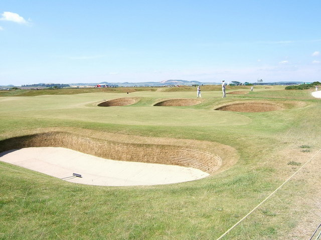 Old Course bunkers