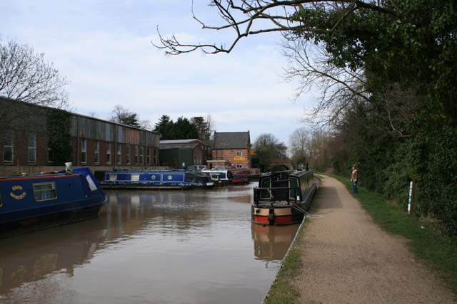 Kate Boats, Grand Union Canal