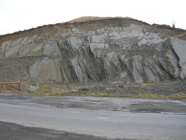 Small roadside quarry on B709 (Clark Fell)