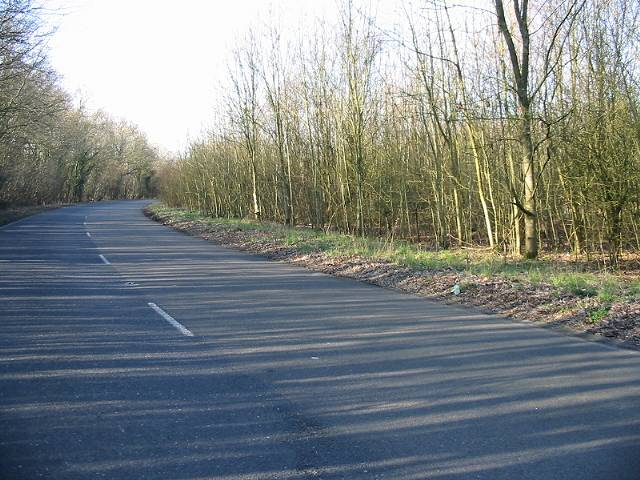 Looking NW up Lydden Hill (dual carriageway)