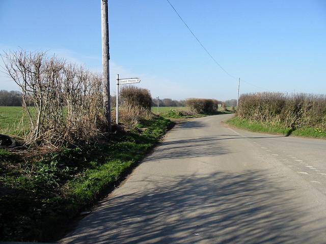 Road junction to Ewell Minnis