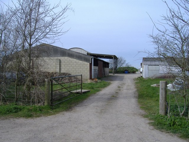 Farm buildings, Weavern Lane