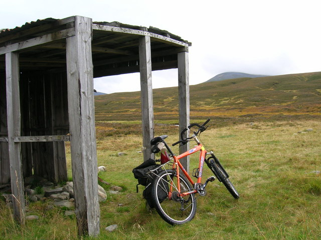 Ruined hut, upper Glen Feshie