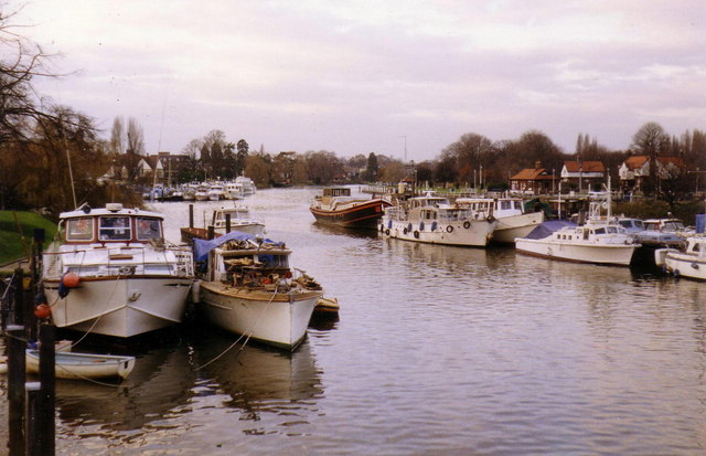 Boats at Teddington Lock