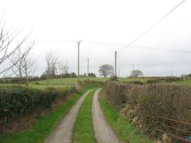 The road west from Vodol Ucha'