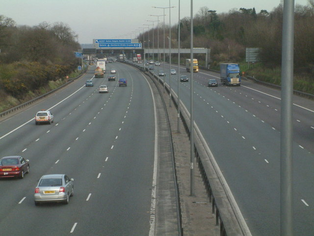 M25 Eastbound towards Junction 8