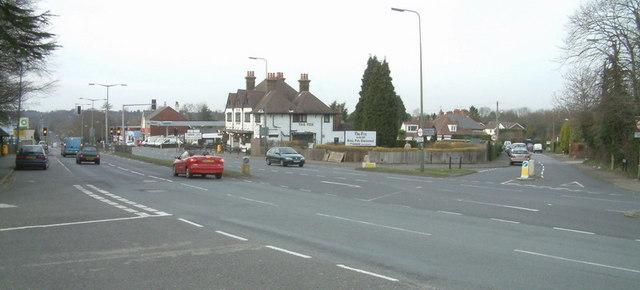 Lower Kingswood main road junction