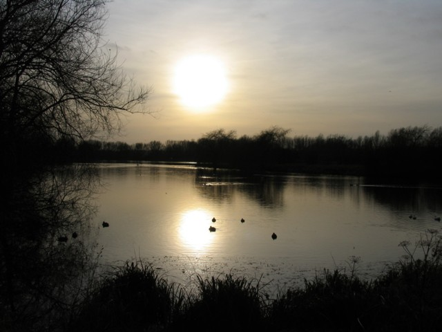 Late afternoon at Watermead