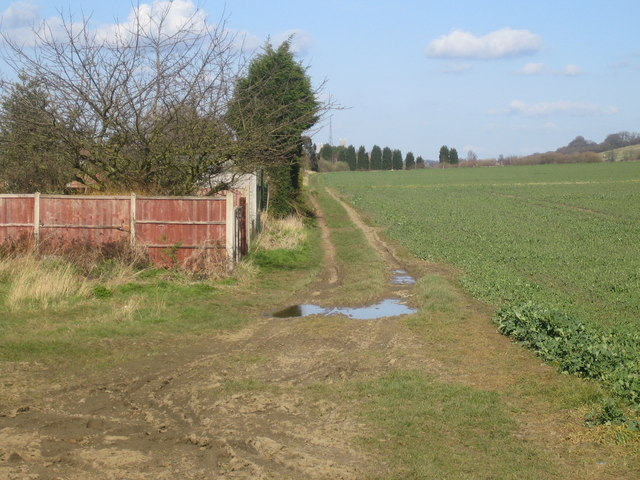 Path of the disused Lincoln-Grantham railway