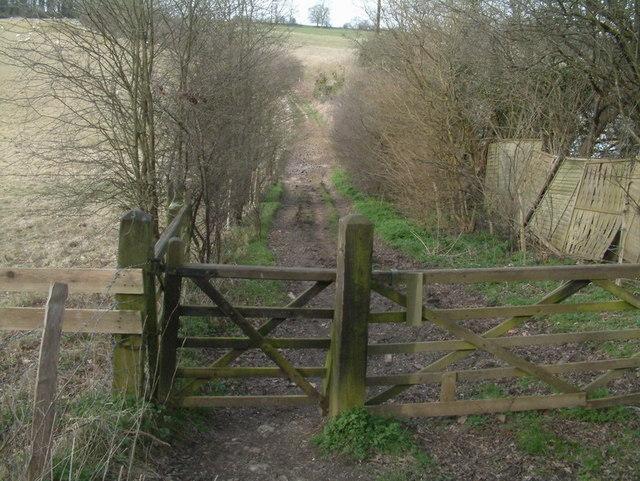 Bridleway to Eyhurst Farm
