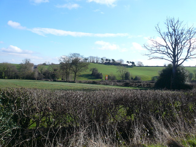 Malthouse Lane - View across fields to Bolehill Farm
