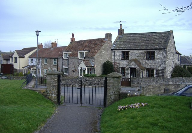 Cottages, Clutton