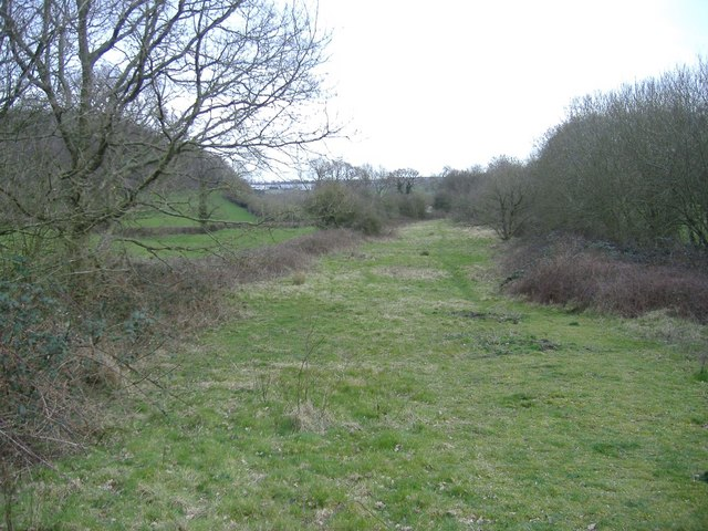 Railway trackbed, Cloud Hill