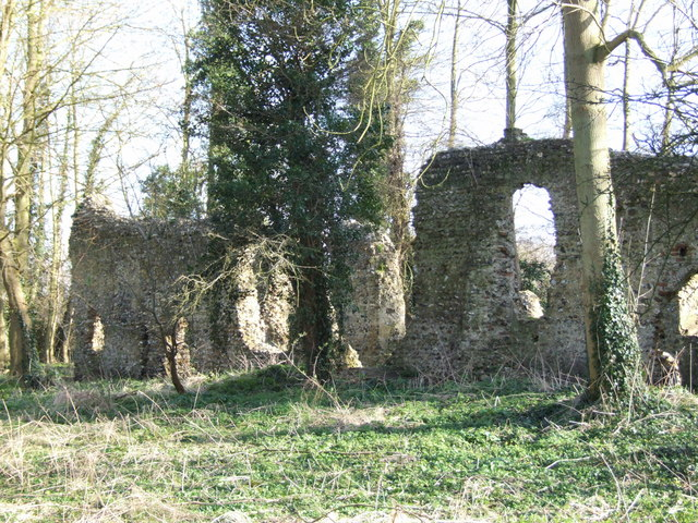 Remains of St. Mary's Church, Saxlingham Nethergate