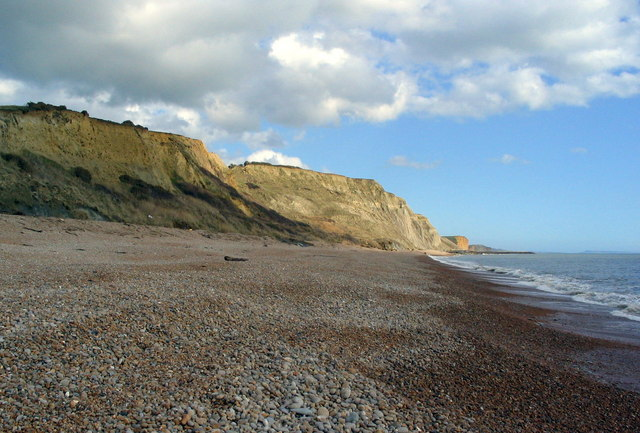 Cliffs and pebbly beach east of Eype's Mouth
