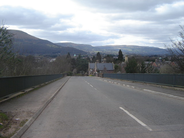 B4233 bridge over A 465 and railway, Abergavenny