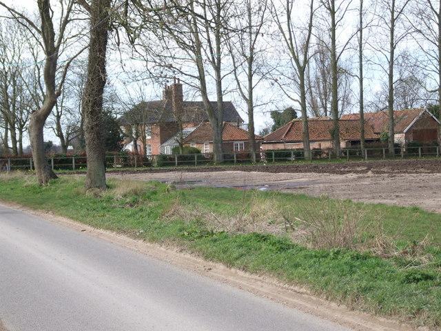 Mayfield Farm, Besthorpe