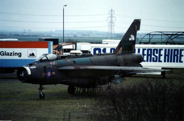 English Electric (BAC) Lightning F.2A , off A1 at Balderton