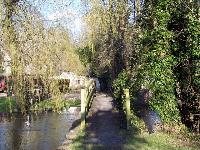 Footbridge over the River Till, Winterbourne Stoke