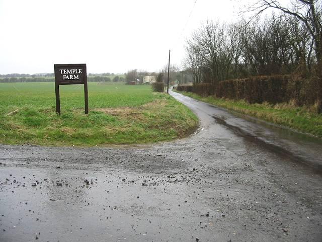 Entrance to Temple Farm