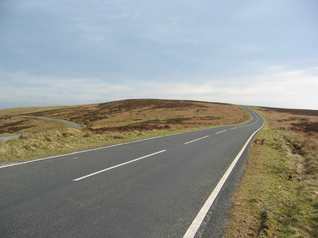 Road through Middle Hills