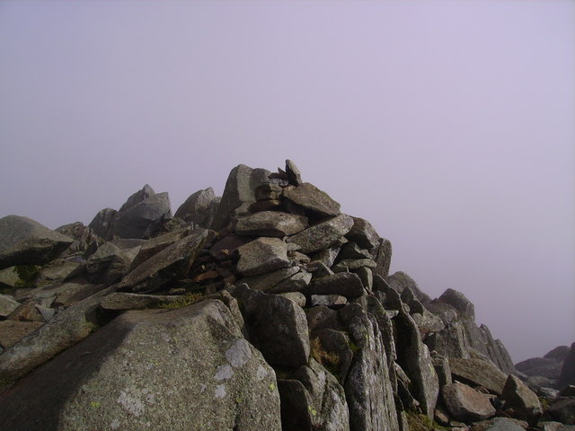 Summit Cairn, Bowfell