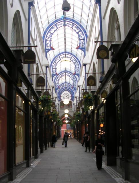 Thornton's Arcade, Briggate