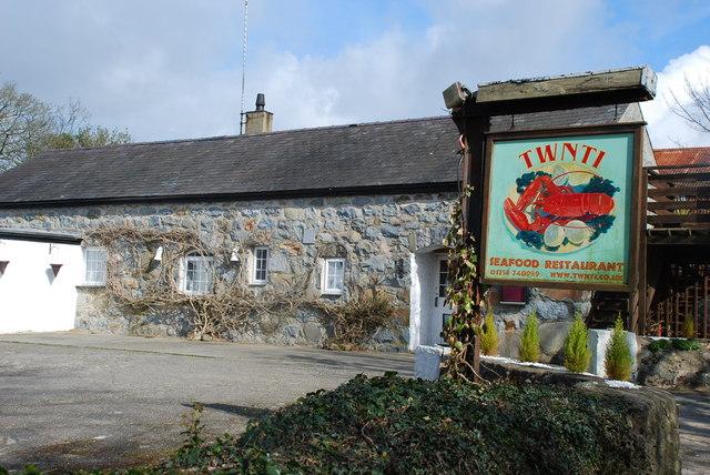 Bwyty Twnti Restaurant Rhydyclafdy