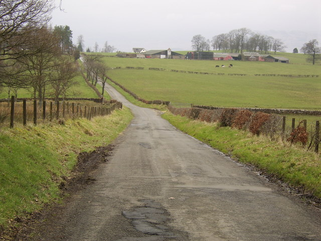Bend in road to Gartocharn
