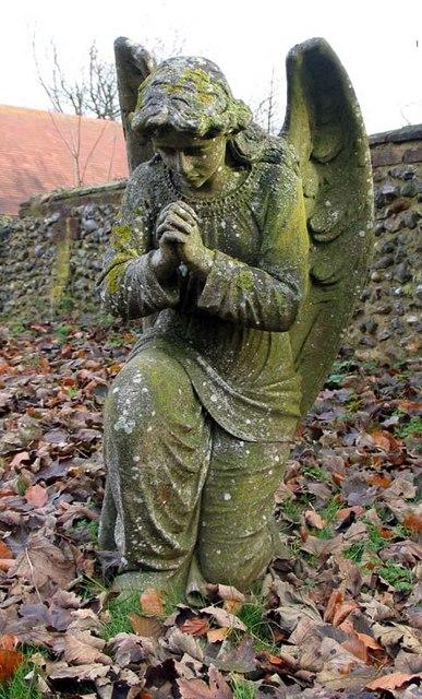 S Giles, Codicote, Herts - Churchyard angel