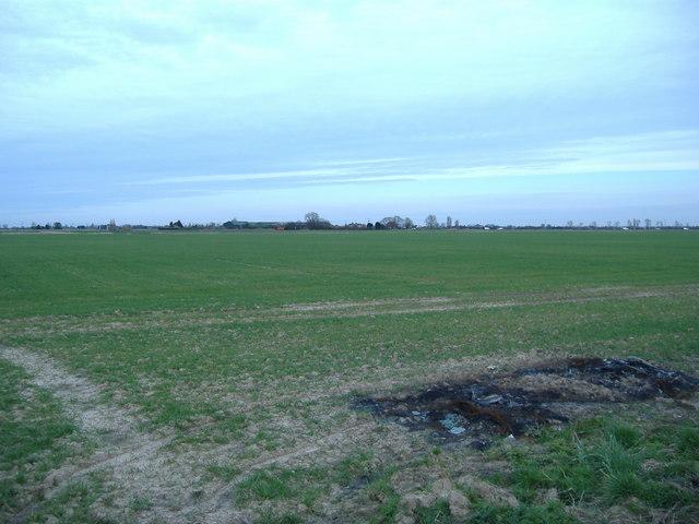 View over the fields north of Hubbert's Bridge