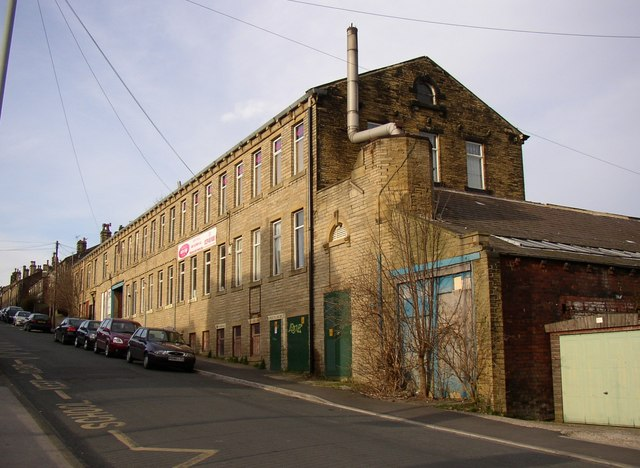 Dance studio and play gym, South Parade, Cleckheaton
