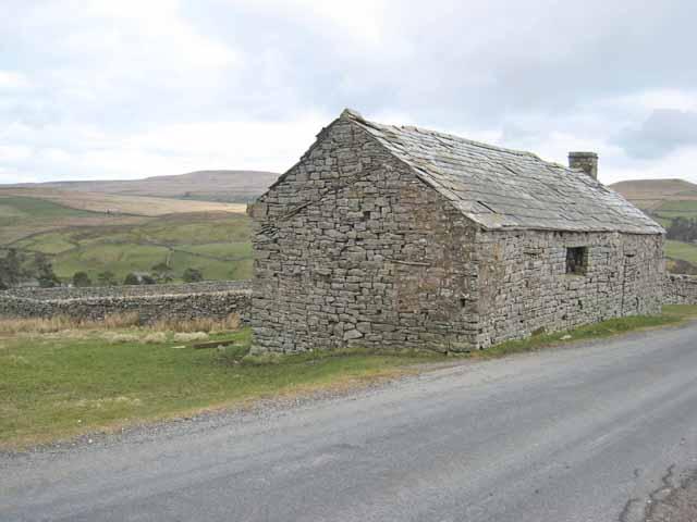 Barn beside the Arkengarthdale road