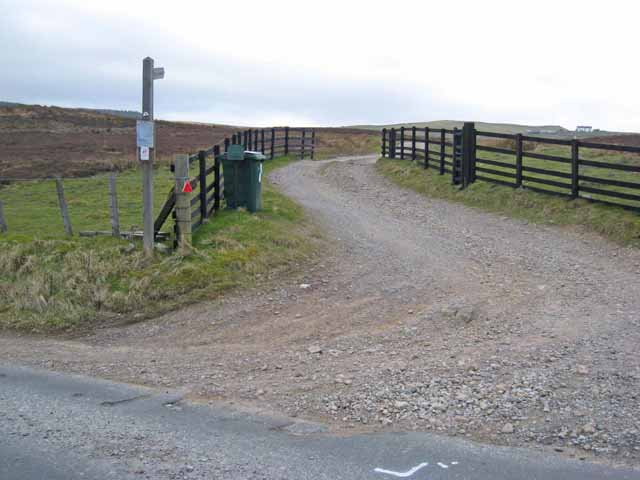 The road to Spanham Farm