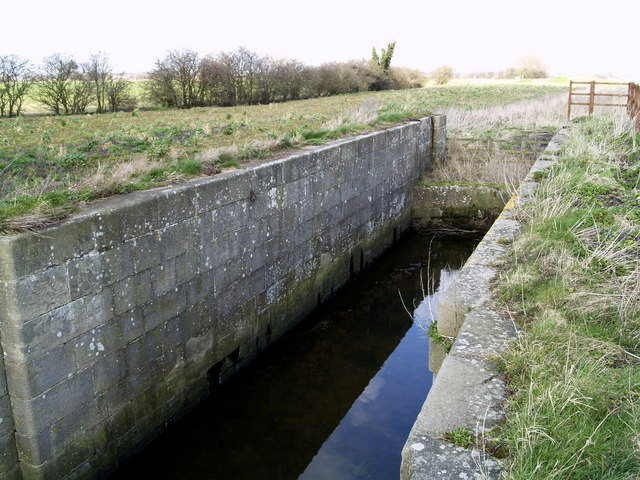 Sod House Lock (disused) on the Market Weighton Canal