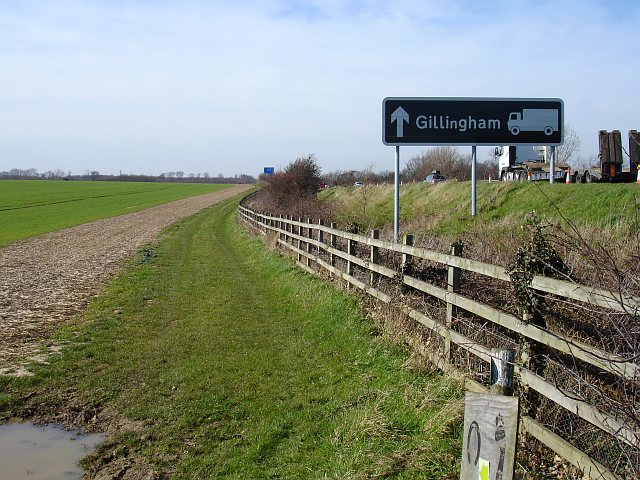 Footpath and bridleway beside the M2