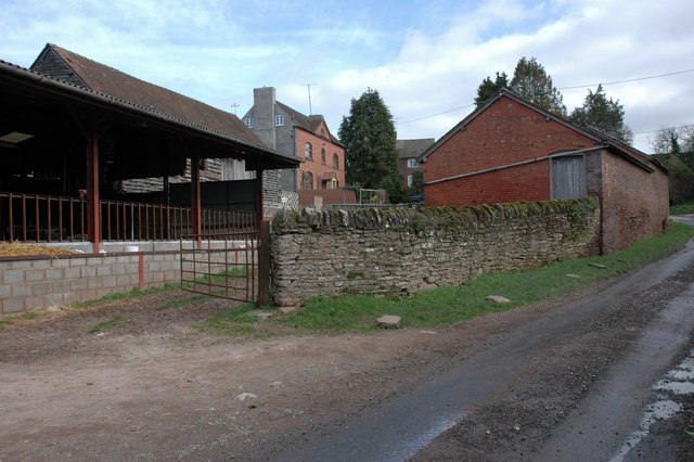 Brickhouse Farm, Brierley
