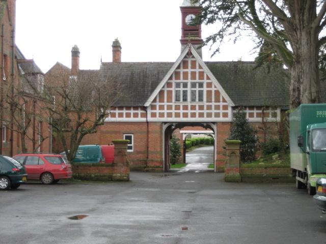 Servite Priory, Benburb