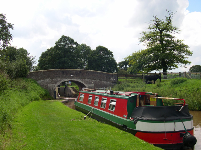 Waiting for the lock at Coxbank Bridge, Shropshire Union Canal