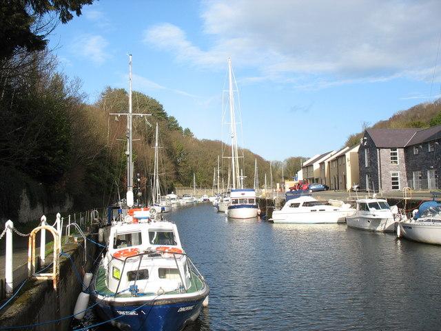The inner dock of the Felinheli Marina