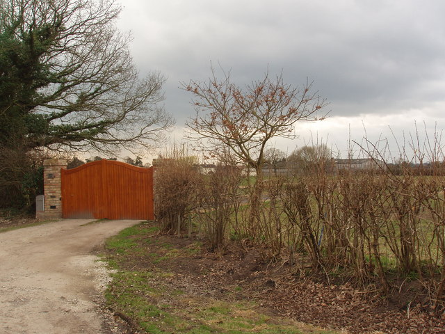 Entrance Gates to Dawney Farm