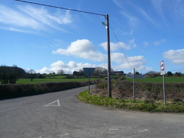 Birkin Lane - Junction with Pearce Lane