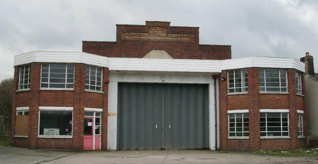 Kitchin's Bus Garage - Richardshaw Lane